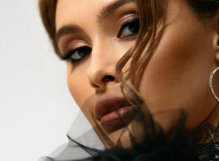 Внучка Виктора Ющенко сменила стиль: Больше не блондинка!