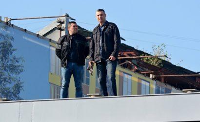 Зам Кличко попросил вернуть его на работу через год после обвинений во взяточничестве: Не являюсь фигурантом дела