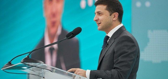 Экономический форум в Мариуполе собрал инвесторов из 45 стран мира