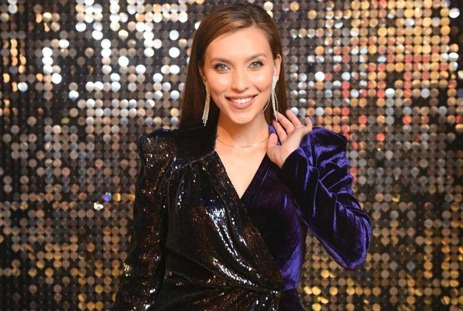 Glamour назвал женщину года в России: ею стала украинская телеведущая Регина Тодоренко