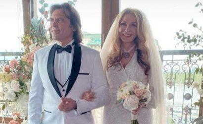Ольга Сумская надела свадебное платье и предложила мужу обвенчаться