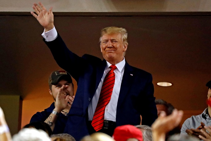 Трампа освистали на бейсбольном матче в Вашингтоне