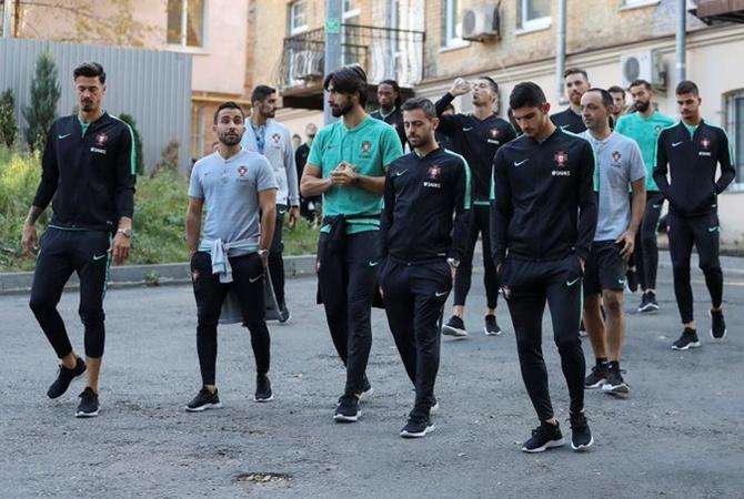 Появилось видео, как Роналду гуляет по Киеву