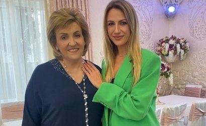 Мама Леси Никитюк отпраздновала день рождения зажигательными танцами с DZIDZIO