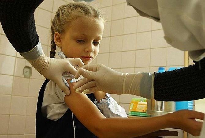 В Минздраве рассказали, куда жаловаться, если в больнице «исчезли» бесплатные прививки