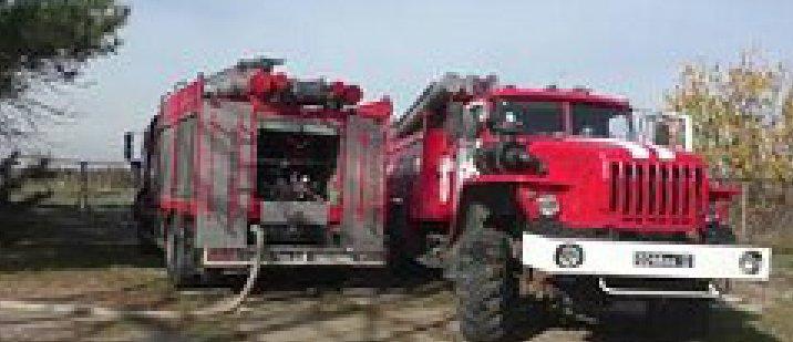 В Луганске горела подстанция (Фото)