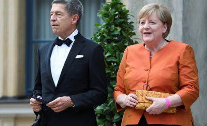 Любимый оперный фестиваль Меркель открыли дирижер из Украины и российский режиссер