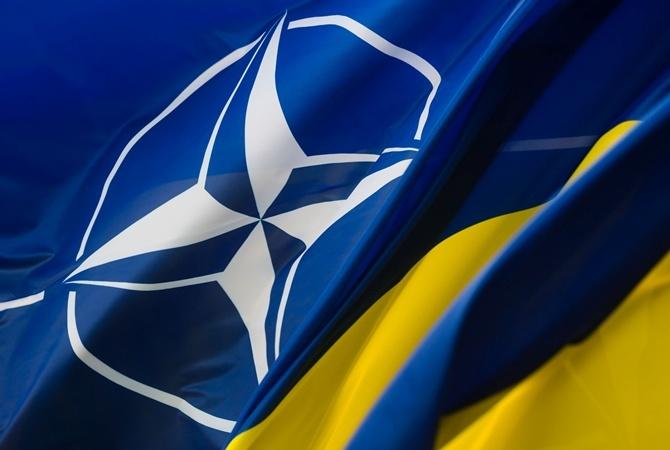 Кулеба: никакие заявки о ПДЧ в НАТО подаваться не будут