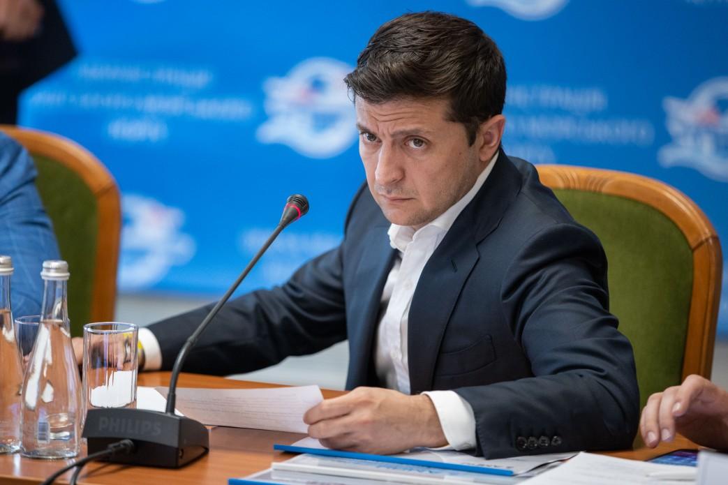 Зеленский не готов давать автономию Донбассу