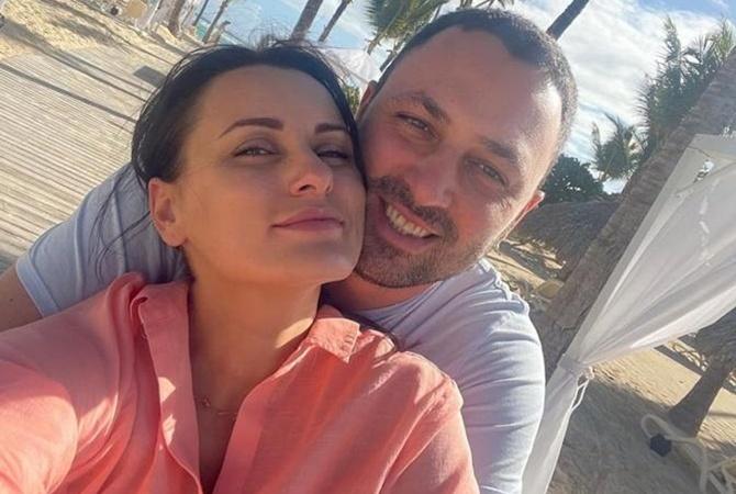 Экс-судья «МастерШеф. Профессионалы» Елизавета Глинская объявила о помолвке с возлюбленным