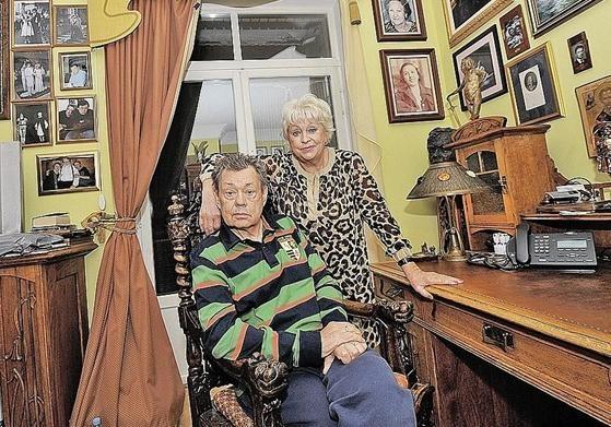 Вдова Караченцова: «Я тоже умру и приду к нему»