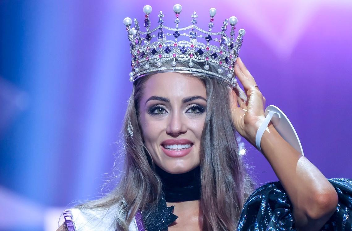 «Мисс Украина» попала в скандал из-за поста о языке