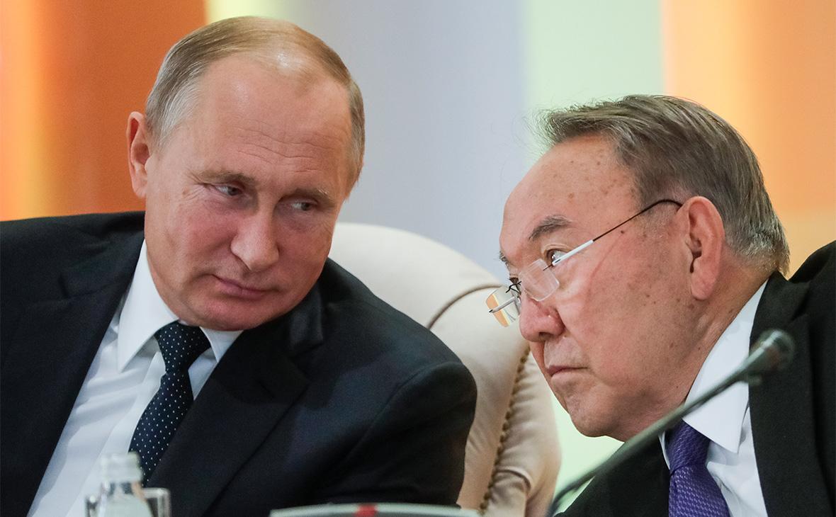 «Договариваться с соседями»: Путин прокомментировал предложение Назарбаева о встрече с Зеленским