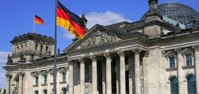 Германия продолжит помогать Украине в реинтеграции Донбасса, – посол ФРГ