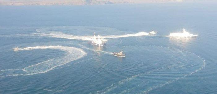 РФ готова вернуть захваченные корабли ВМС Украины