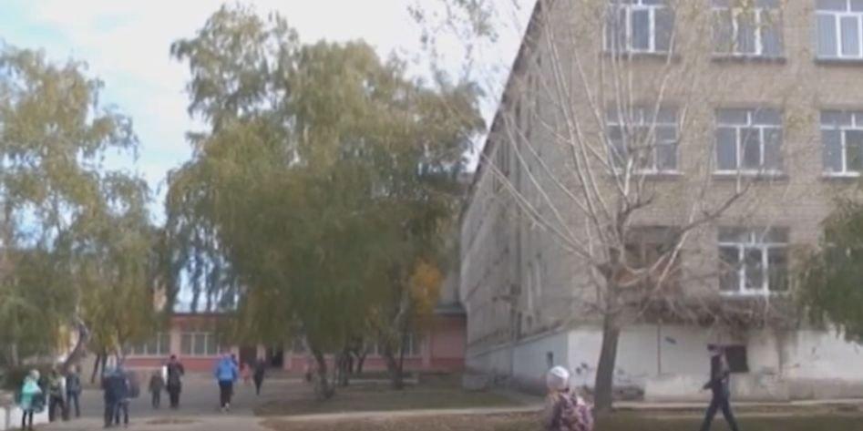 Безопасность детей под угрозой: В Рубежном хотят закрыть школу посреди учебного года (Видео)