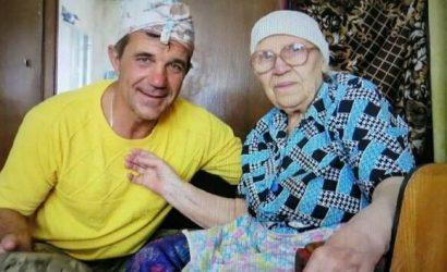 Иловайский котел: Как бабушка в Иловайске спасла двух украинских бойцов (Фото)
