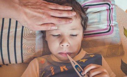 Пищевое отравление у ребенка: что делать