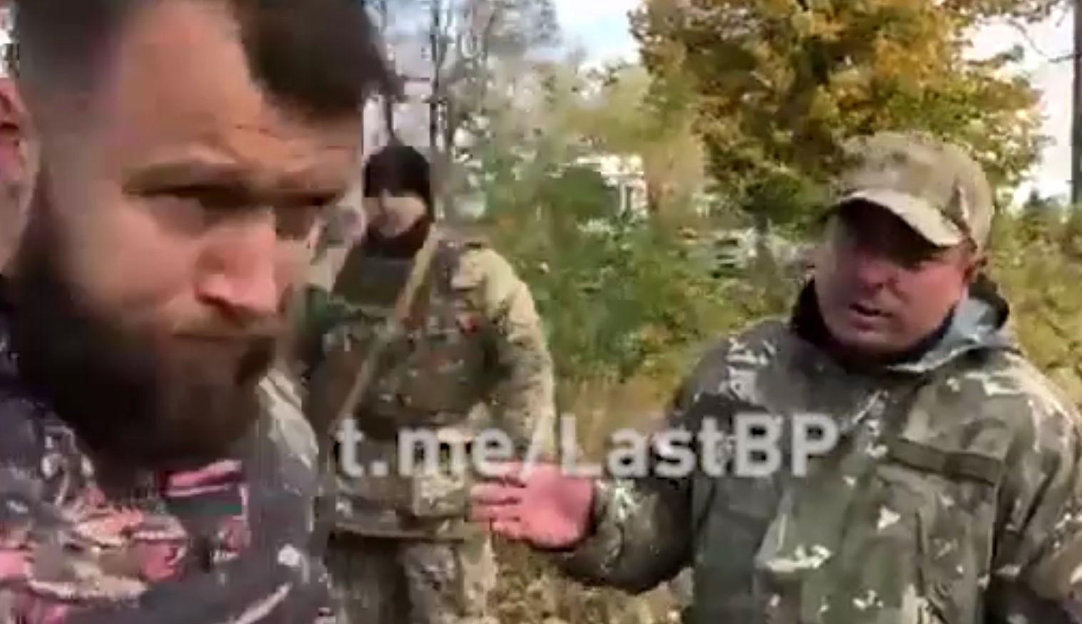«Подонок, стрелявший в ветеранов»: экс-командир «Азова» отчитал полицейского