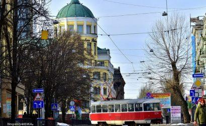 Вышла на улицу – весна: Фотограф показала Донецк в конце января (Фото)