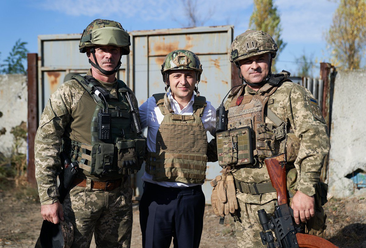 Зеленский: по телу Украины пропустили две тысячи вольт