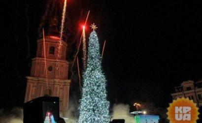Волшебный пенек и сказочный лес. Какой будет главная елка страны в Новый год-2021