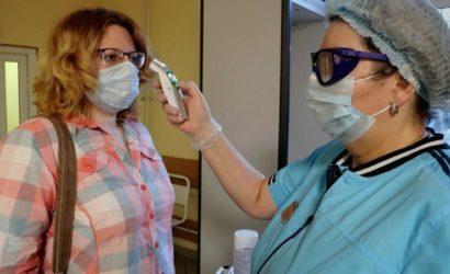 Надевайте маску, сбивайте температуру: В «ДНР» рассказали, как жителей лечат от коронавируса