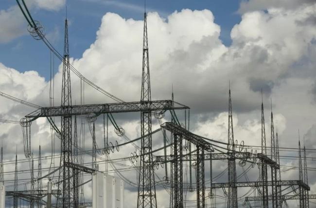 От президента требуют отменить поправку Геруса об импорте электроэнергии из России