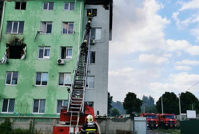 Суд взял по стражу подозреваемого в зверском убийстве и поджоге дома в Белогородке