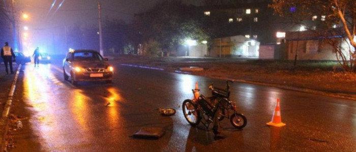 На Донетчине легковушка сбила мужчину на инвалидной коляске (Фото)