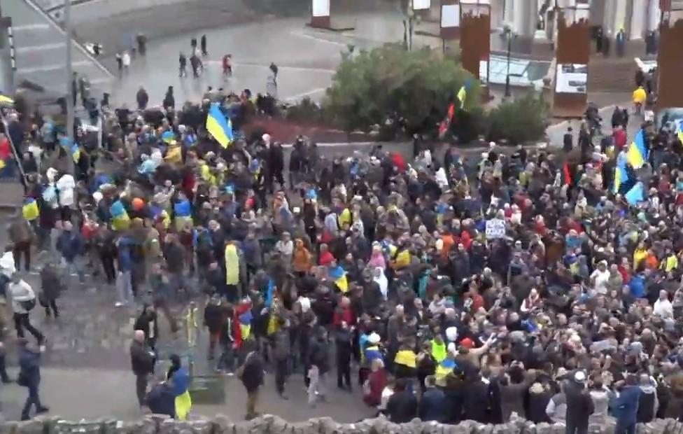 Полиция подсчитала число участников акции на Майдане