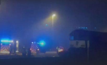 В Бельгии украинец за рулем грузовика выехал на рельсы: авто снес поезд