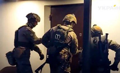 Бежал в Россию и воевал на Донбассе: В Днепре задержали фигуранта заказного убийства (Видео)