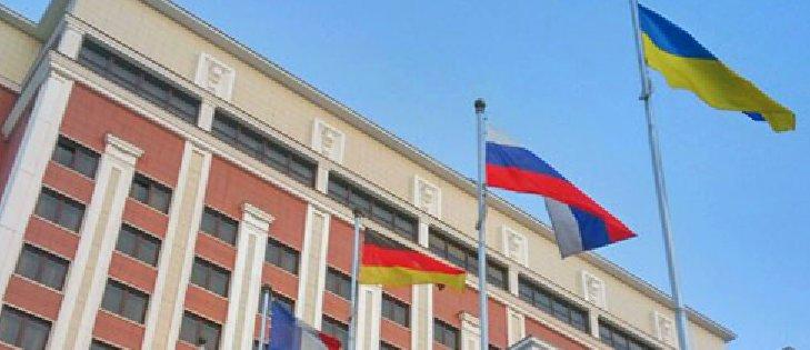Президентский «план Б» по Донбассу может касаться выхода из Минских договоренностей, – политконсультант