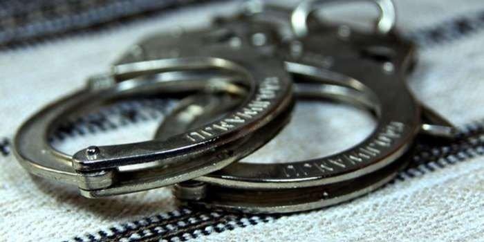 В Луганской области арестовали мужчину, угрожавшему детям ножом