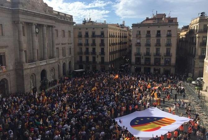 Протесты в Барселоне обошлись испанскому бюджету в 2,5 миллиона евро