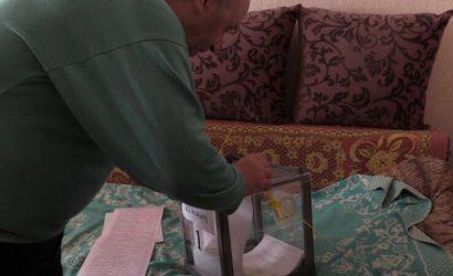 Люди идут организовано: Как проходят выборы на Луганщине