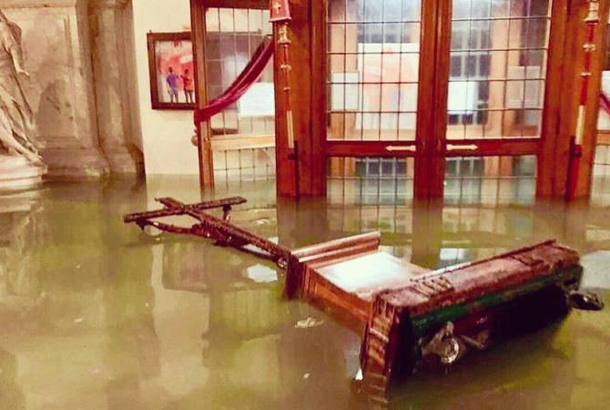 Венеция после наводнения: затоплены памятники архитектуры