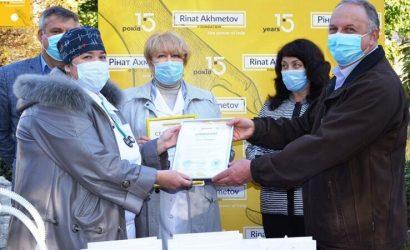 Медики Першотравенска получили три аппарата ИВЛ экспертного класса от Фонда Рината Ахметова и ДТЭК