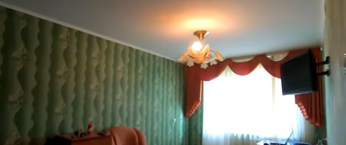 Гражданин РФ показал, какую квартиру снял в Луганске, и сравнил ее с жильем в Донецке (Фото)