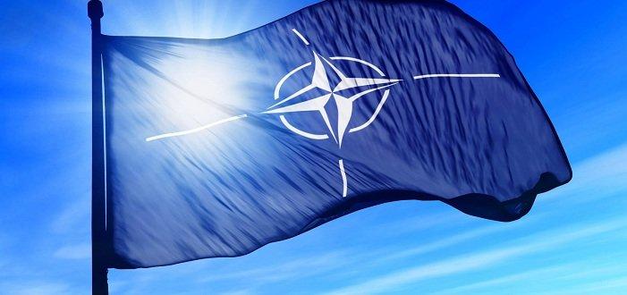 Двери НАТО остаются открытыми для Украины, – Столтенберг