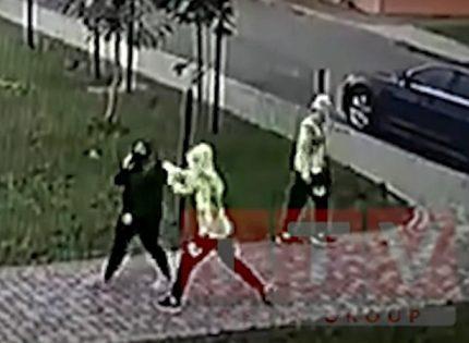 В Ровно близнецы с ножом напали на женщину: хотели посмотреть, как чувствует себя раненый человек