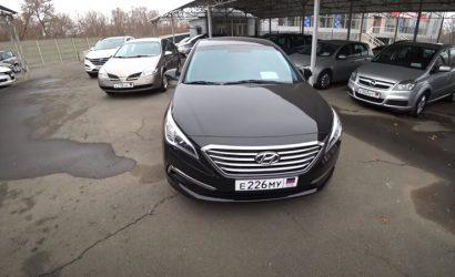 Авто из США продают за бесценок: Житель Донецка показал, сколько стоят машины (Фото, видео)