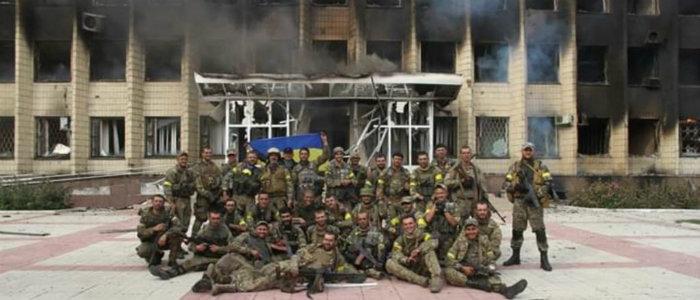 Оборонялись 8 часов в здании, по которому бил танк: Как ВСУ освобождали Торецк 5 лет назад