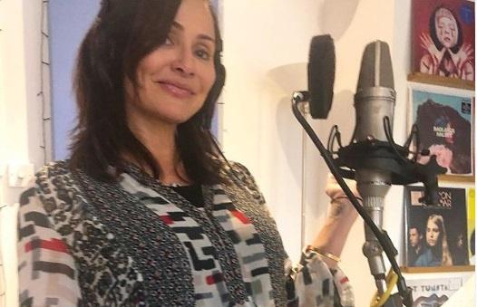 Певица Натали Имбрулия, забеременевшая при помощи донора спермы, стала мамой